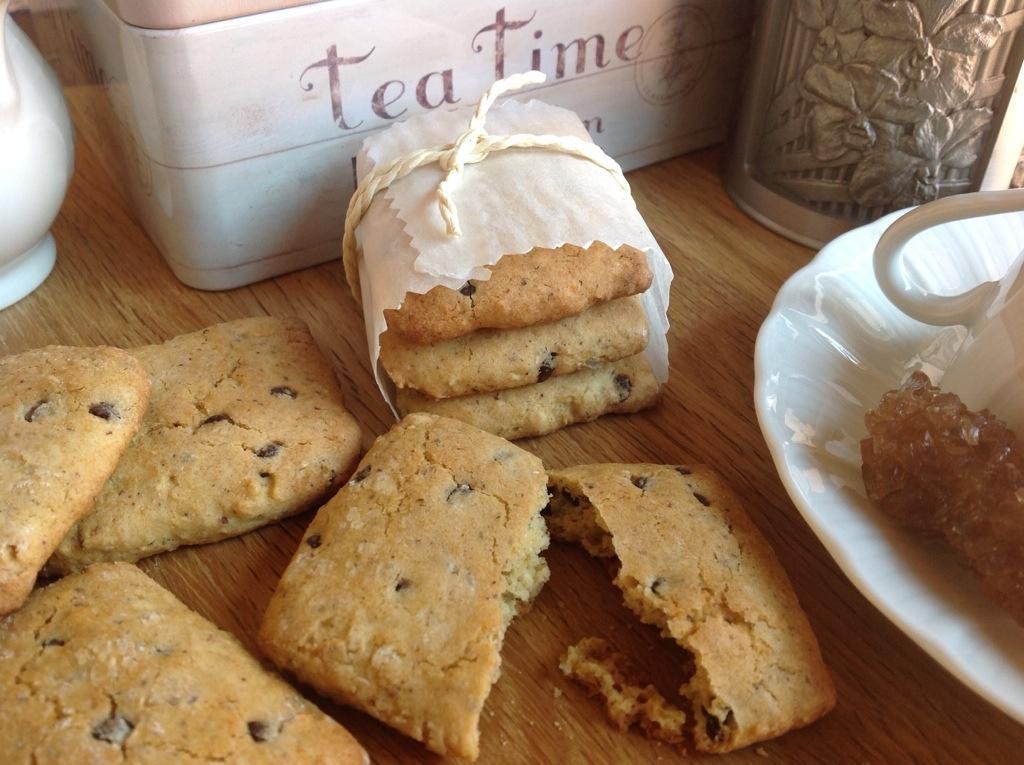 biscotti di miglio, quinoa e cioccolato